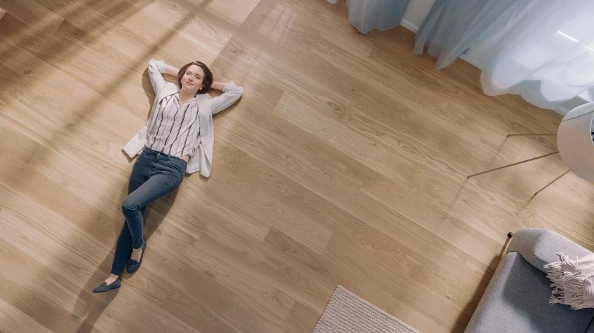 Gres, panele, płytki winylowe czy wykładziny PVC – podpowiadamy co wybrać na podłogę