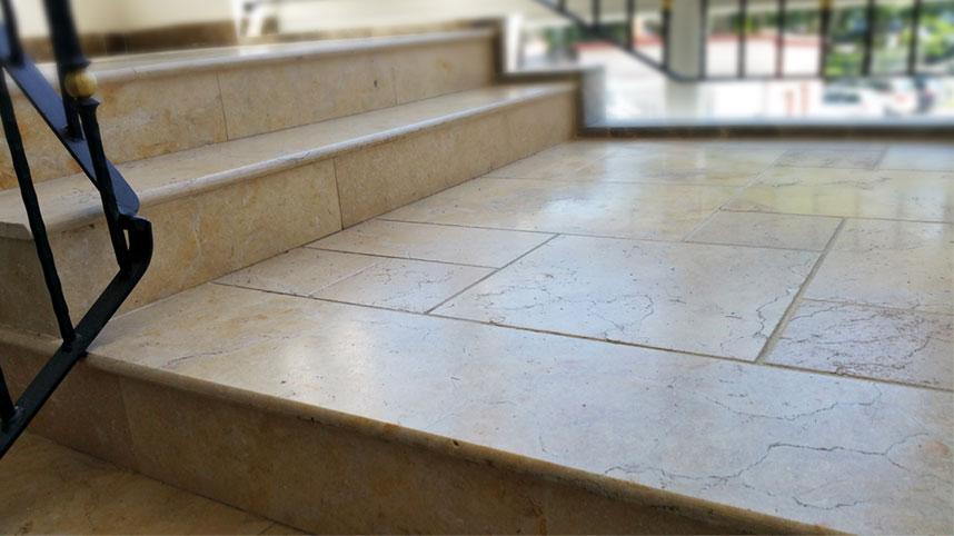 Faktury powierzchni kamiennych